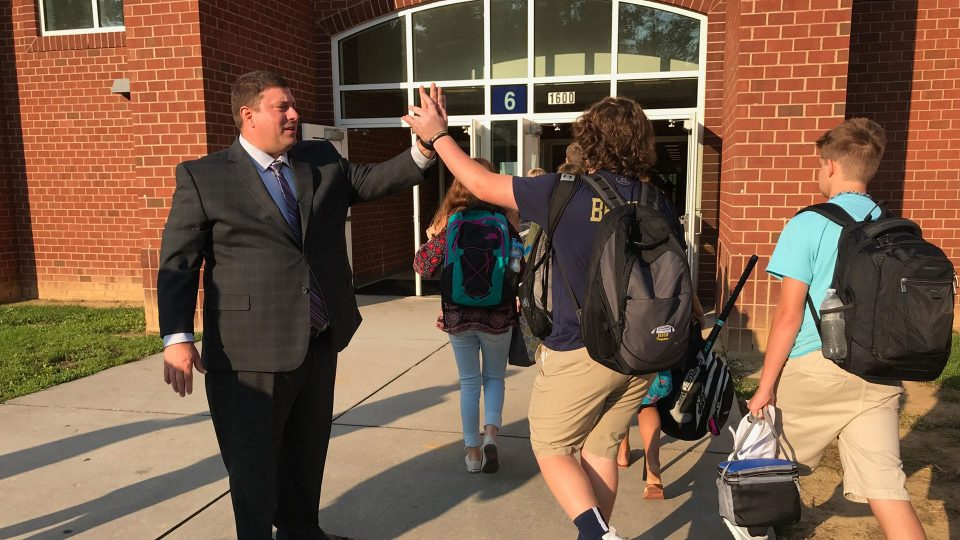 Dr. Lane welcomes students